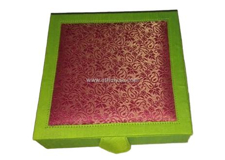 Kalamkari ear ring box