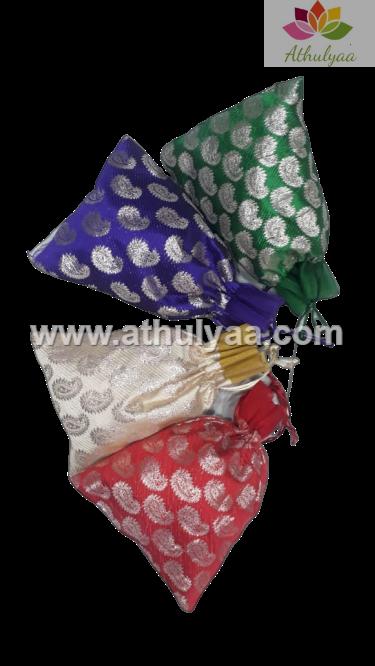 Brocade potli with kairi print